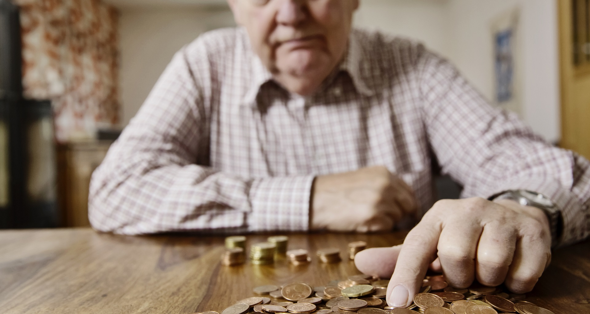 Tips for Surviving Retirement with No Savings