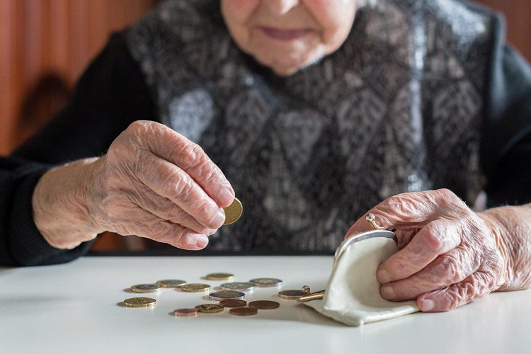 what happens without money in retirement